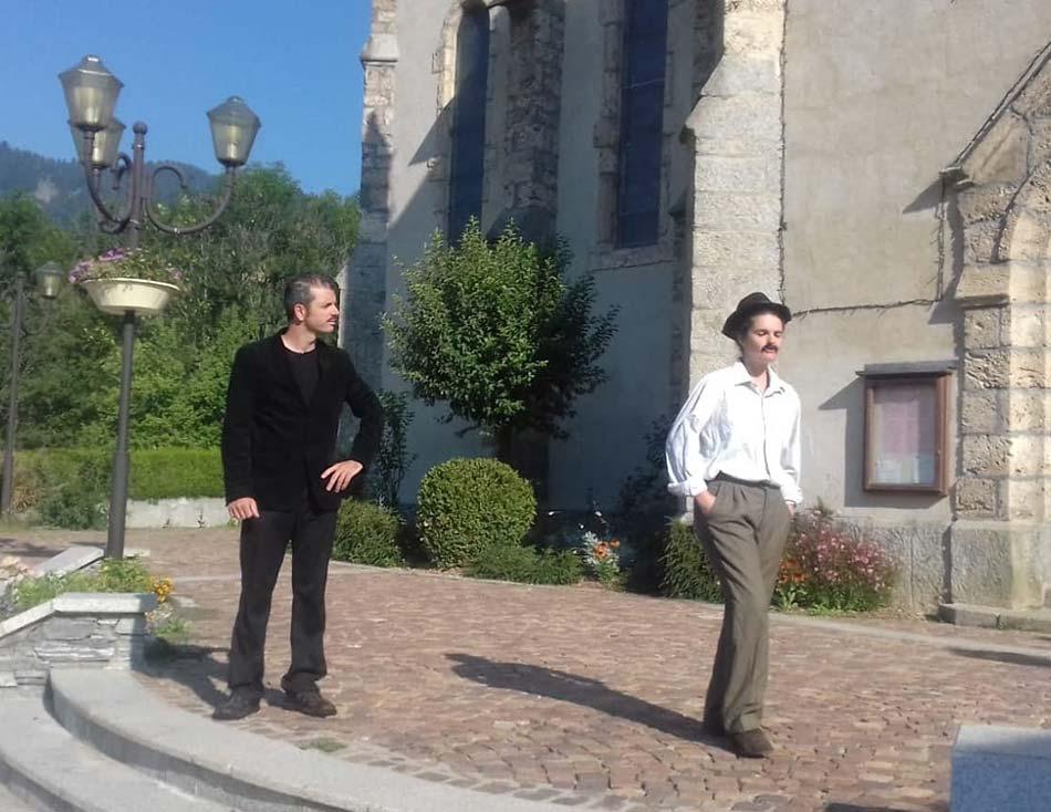 Visite théatralisée de Praz-sur-Arly avec le duo d'En Visite Simone